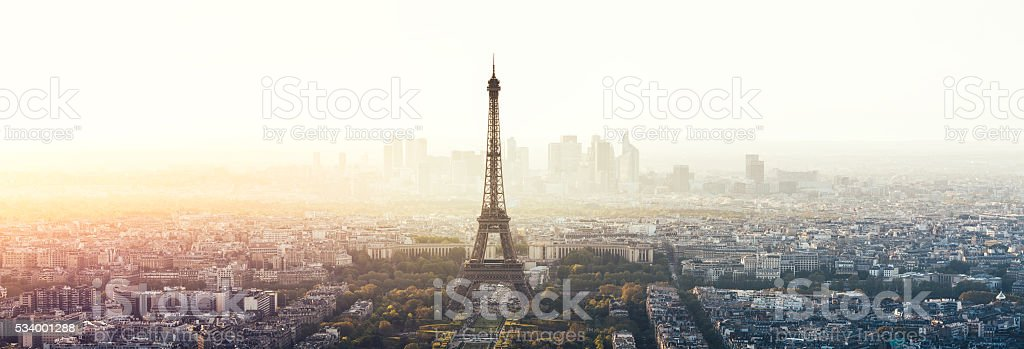 Panorama de la ville de Paris avec la tour Eiffel - Photo