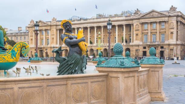 paris, place de la concorde - avion supersonique concorde photos et images de collection