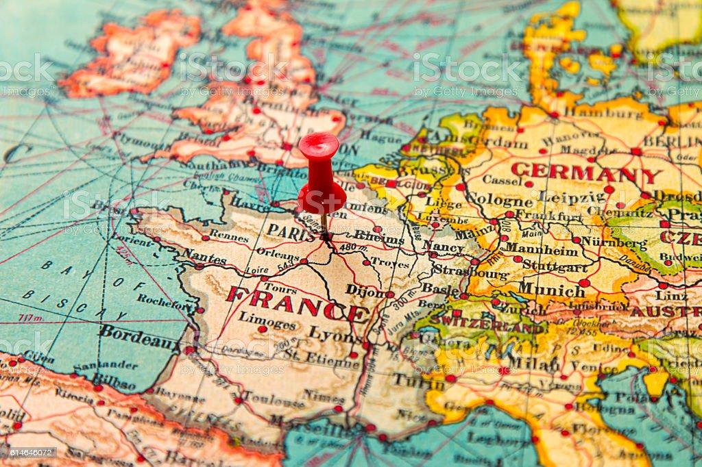 Paris France Pinned On Vintage Map Of Europe Stockfoto und ...
