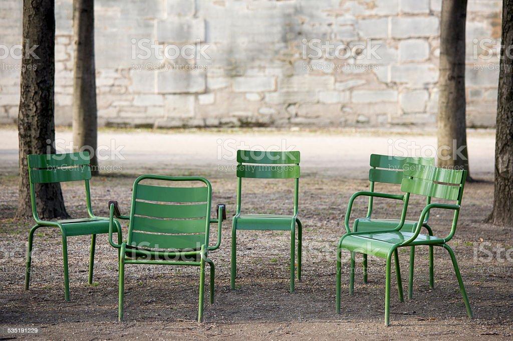Sedie Francesi Da Giardino : Giardino delle tuileries a parigi francia verde e sedie allaperto