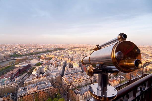 paris - sightseeing telescope - montmatre utsikt bildbanksfoton och bilder