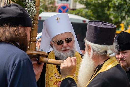 氏子ウクライナ正教会モスクワ総主教宗教的な行列の間にキエフ ...