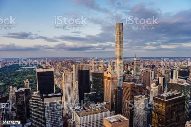 432 パーク アベニュー高層ビルニューヨークのセントラル パーク ...