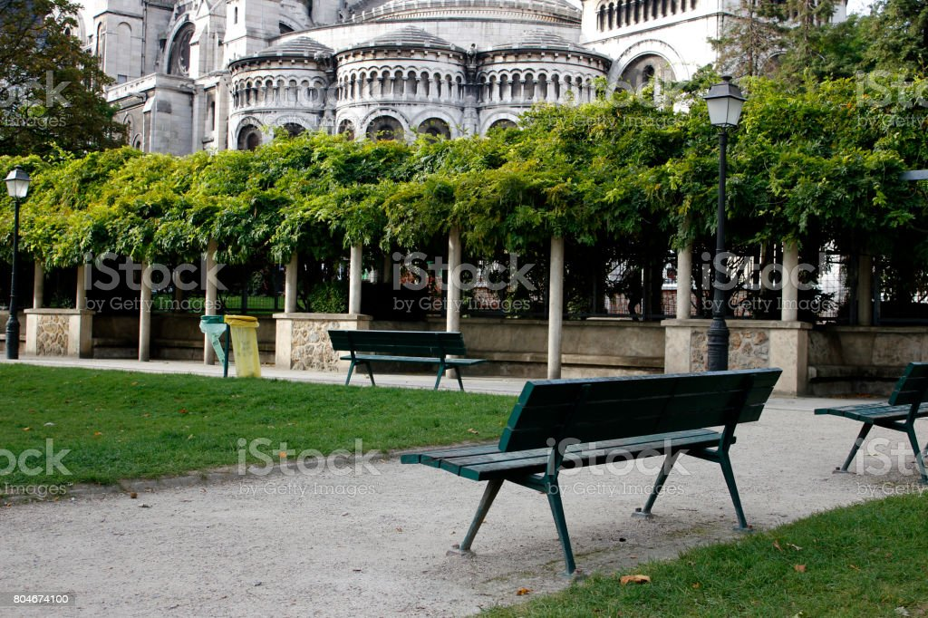 Admirable Park Benches In Front Of Sacrecoeur Stock Photo Download Image Now Forskolin Free Trial Chair Design Images Forskolin Free Trialorg