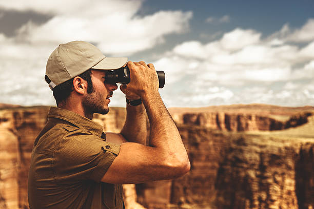 park ranger looking forward on the grand canyon http://blogtoscano.altervista.org/HU.jpg  park ranger stock pictures, royalty-free photos & images