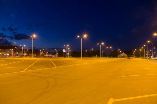 empty parkyard at nightsee my