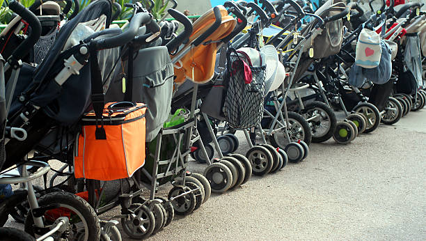 parking big family baby stroller stock pictures, royalty-free photos & images