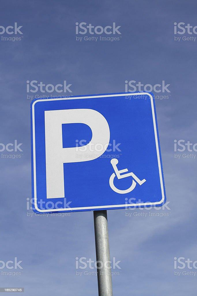 Parkschild für Rollstühle – Foto