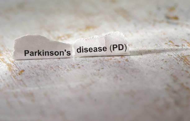 parkinson-erkrankung - definition krankheit stock-fotos und bilder