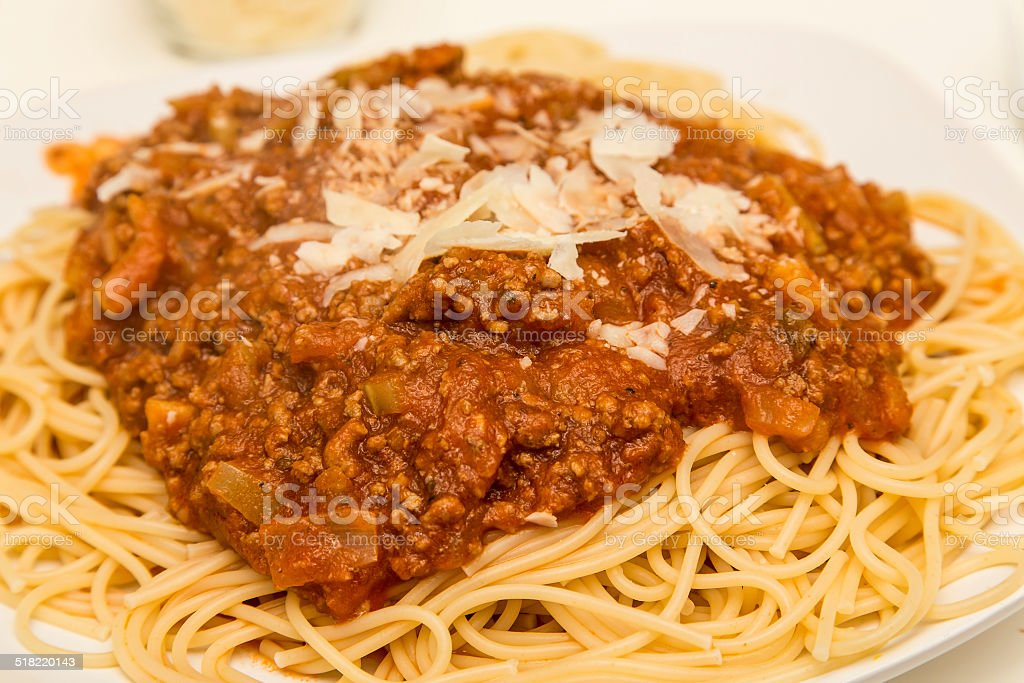 Playlist (147) - Page 14 Parmesan-cheese-on-spaghetti-bolognese-picture-id518220143