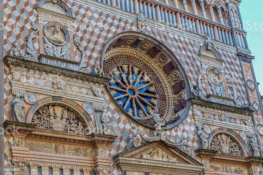 Part of facade from Basilica Santa Maria Maggiore, Bergamo, Italy - foto de stock