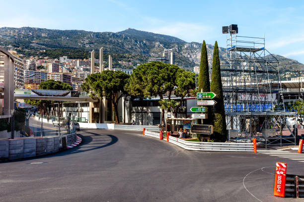 part of the grand prix race track in monaco. - formula 1 zdjęcia i obrazy z banku zdjęć