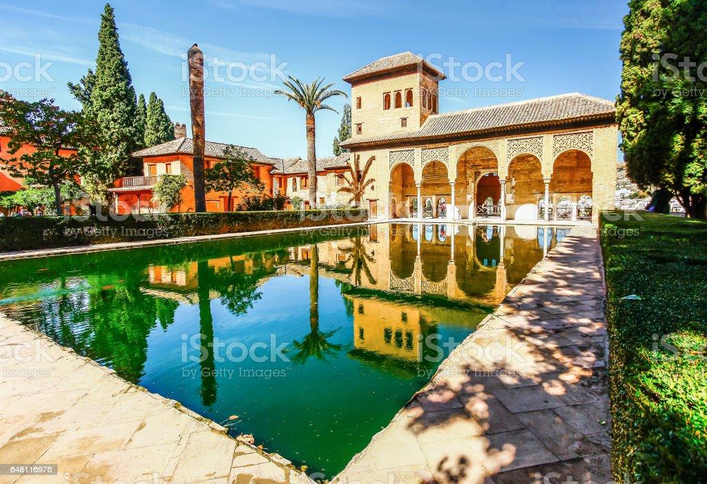 Partal Palace em La Alhambra, Granada (Andaluzia), Espanha - foto de acervo