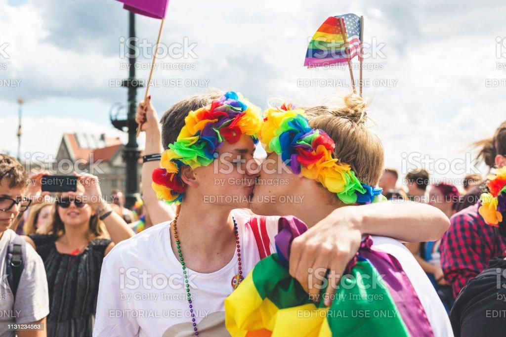 RAGAZZI GAY REPUBBLICA CECA