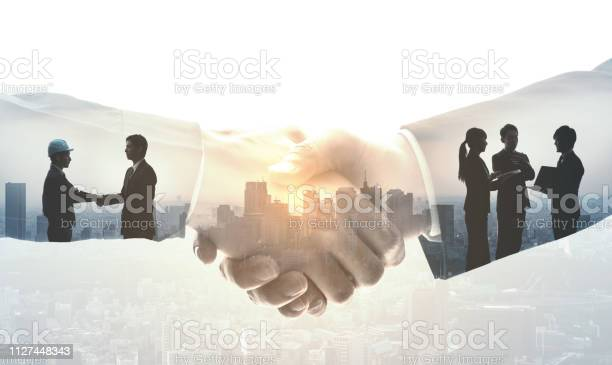 Partnership of business concept picture id1127448343?b=1&k=6&m=1127448343&s=612x612&h=ocscprmielo0pmo8wn7rsmu6lxis2tp 6vdbs9eyx 0=