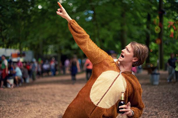 party tier! - bier kostüm stock-fotos und bilder