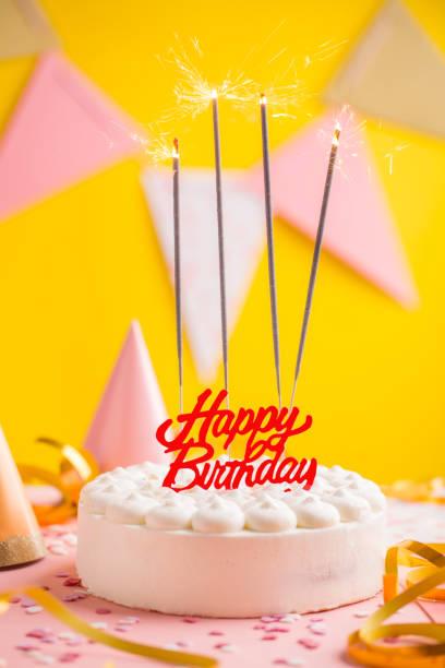 party geburtstag hintergrund mit kuchen - einladungskarten kindergeburtstag stock-fotos und bilder