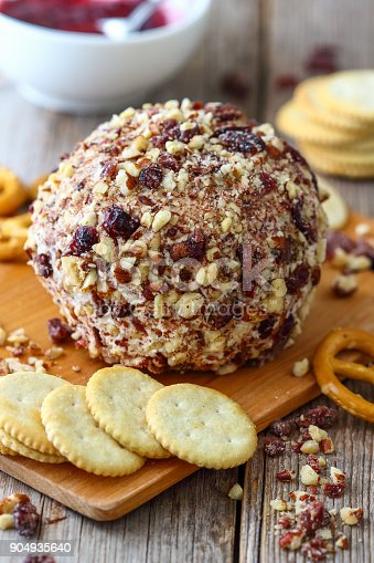 istock Party Cheese Ball with Bacon 904935640