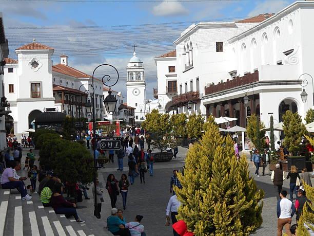 paseo cayala - guatemala stadt stock-fotos und bilder