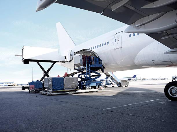 aereo passeggeri - caricare attività foto e immagini stock