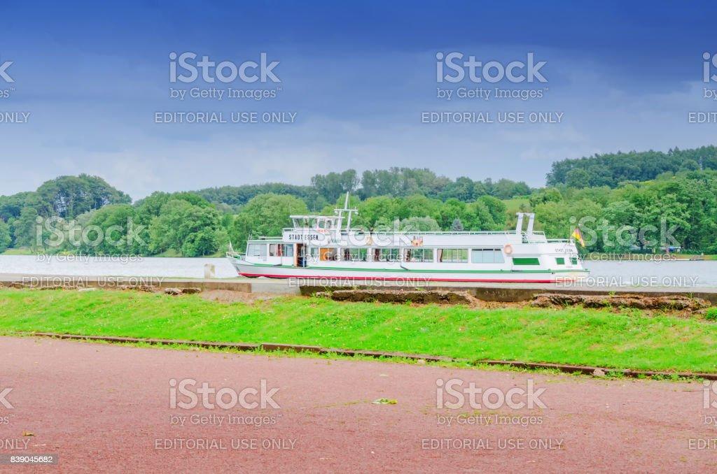 Fahrgastschiff Stadt Essen aus der weißen Flotte – Foto