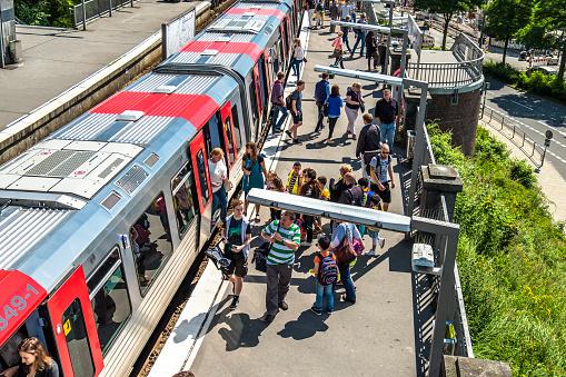 Passengers travelling from the St. Pauli Landungsbrucken