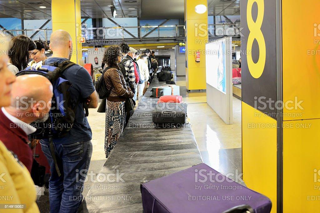 Passagers attendant sacs - Photo