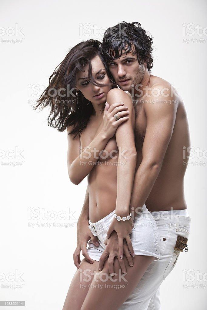 Couple Nu passionnée couple nu semishoot – photos et plus d'images de