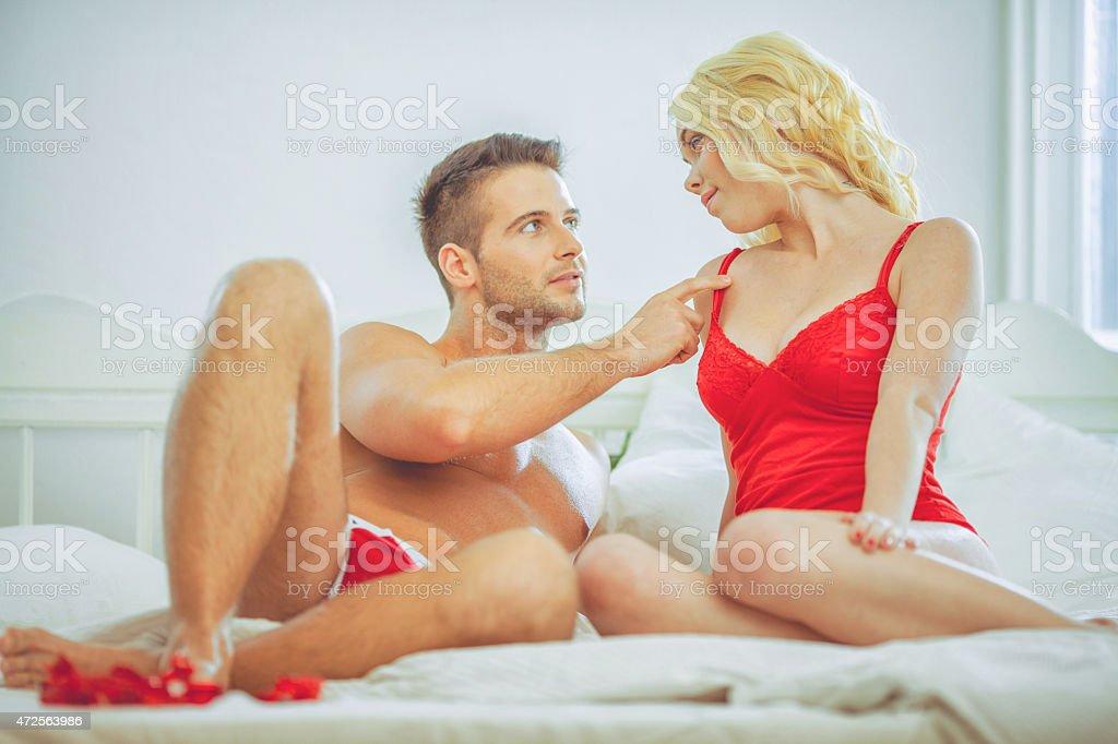 Сексуальное поведение самки человека ть