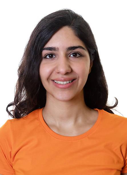 Passport photo of a young arabic woman picture id564567808?b=1&k=6&m=564567808&s=612x612&w=0&h=897 zlcmdun6bnl6mnoohqrpdrsvl12fu3oq6dva4we=
