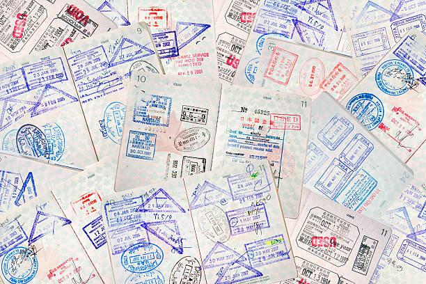 Pasaporte de viaje de sellos - foto de stock