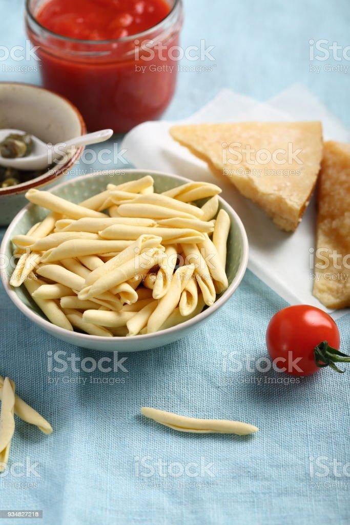 파스타와 토마토, 치즈 근접 촬영 - 로열티 프리 0명 스톡 사진