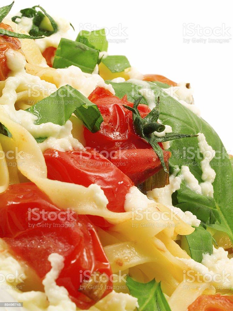 パスタコレクション-Fettucini 、トマト、バジル、mozarella ロイヤリティフリーストックフォト