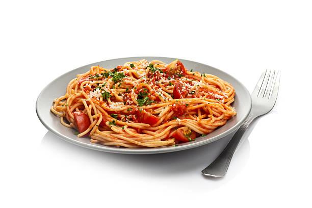 pasta-teller - spaghetti tomatensauce stock-fotos und bilder