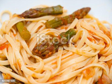 Pasta With Asparagus And Tomato Sauce - Stockowe zdjęcia i więcej obrazów Cebula