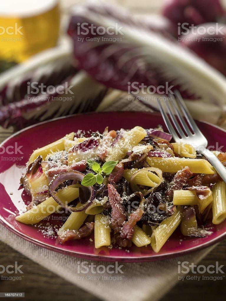 pasta mit Chicorée Schinken und parmesan – Foto