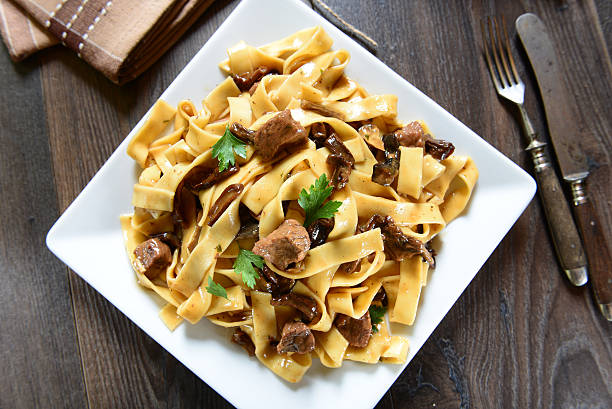 pasta with mushrooms - tagliatelle mushroom bildbanksfoton och bilder