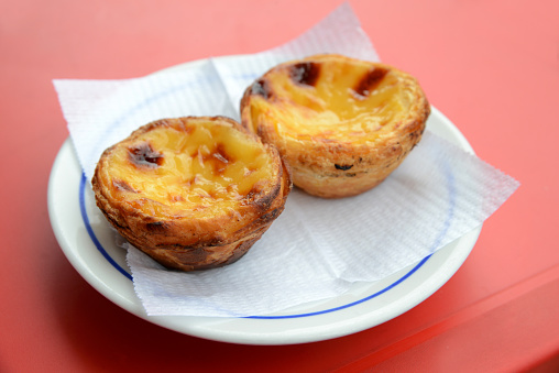 Pasteis of NATA in a plate