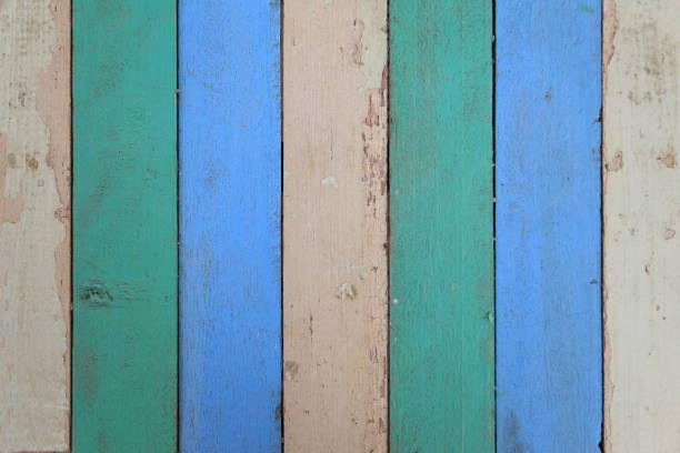 34598130b7 Paleta de madera de color pastel con pared de madera verde y azul blanco  para fondo