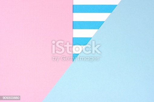 istock Pastel pink and blue angular abstract background with striped pattern 909303880