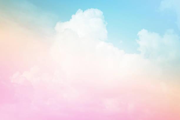 pastelowe niebo i chmura - pastelowy kolor zdjęcia i obrazy z banku zdjęć