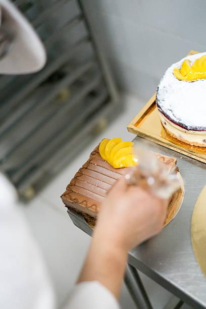 Konditor Zuckerguss ein Kuchen – Foto
