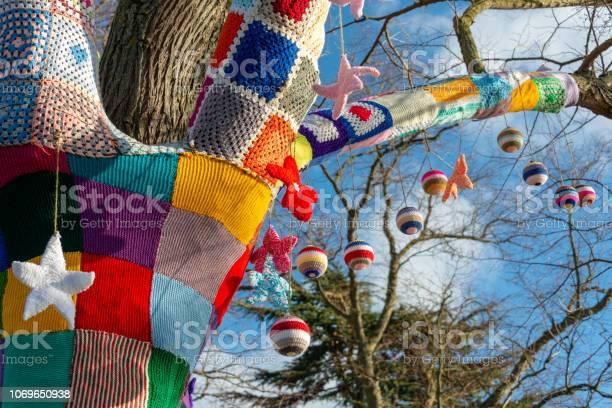 Patchwork woollen knitted covering for tree with baubles picture id1069650938?b=1&k=6&m=1069650938&s=612x612&h=6hyh5v6ve6vkanw4ua65yb u6lmyxgfmcvmvmrqhl4k=