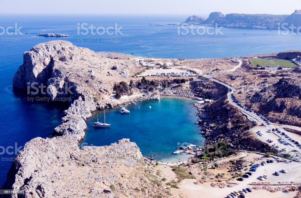 Path down to the beach St Pauls Bay at Lindos on the Greek Island of Rhodes Europe - foto stock