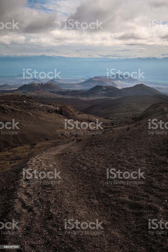 Path leading through the extraterrestrial landscape around Tolbachik Volcano royaltyfri bildbanksbilder