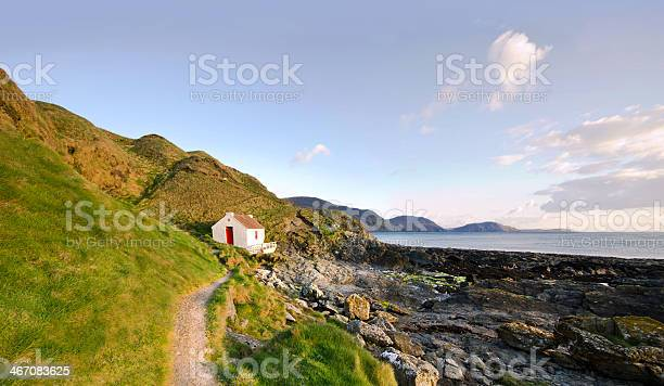 Photo of Path to White Cottage on a coast - Niarbyl