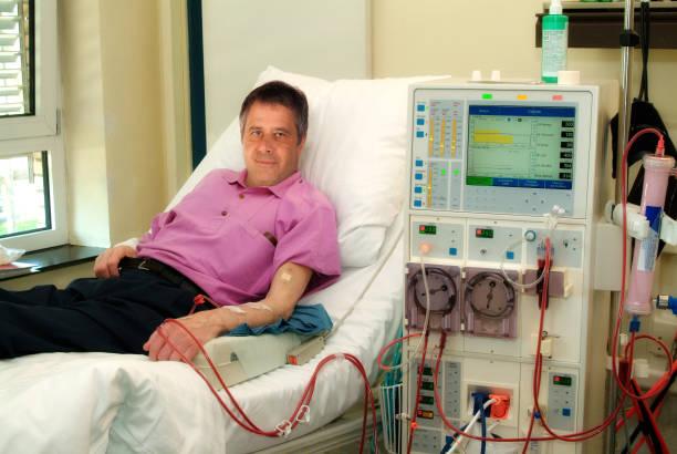 Patient bei der Dialyse stock photo