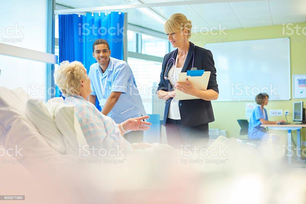 patient feedback zbiór zdjęć royalty-free