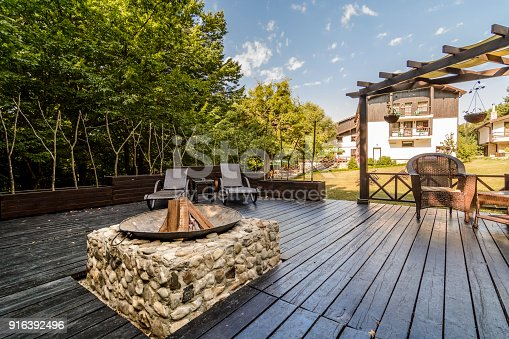 istock Patio with e bbq 916392496