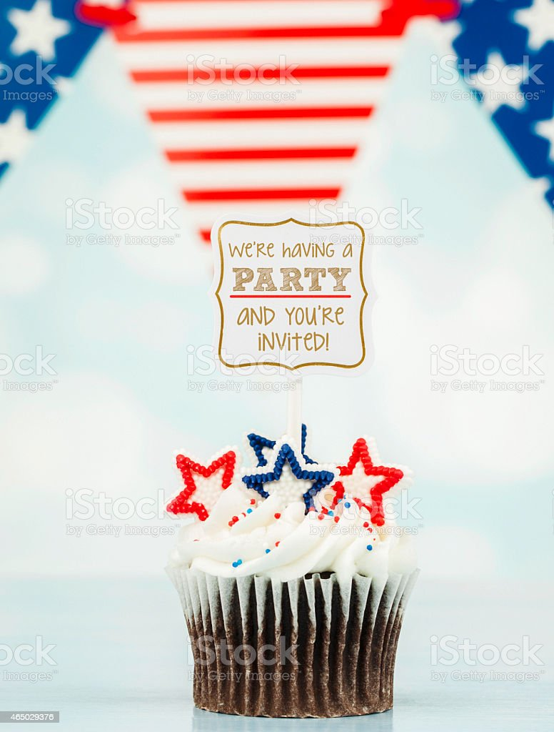 Patriotic Cupcake With Party Invitation July 4th And Birthday Celebrations Royalty Free Stock